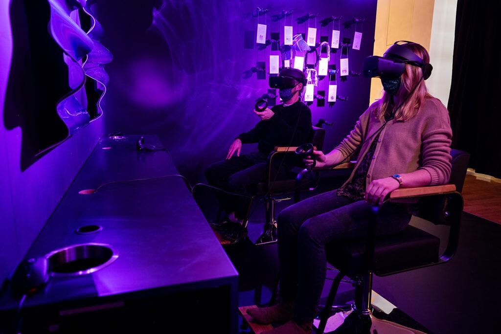 """Virtuelle Realität in der Ausstellung """"Back to Future"""", Museum für Kommunikation Frankfurt"""
