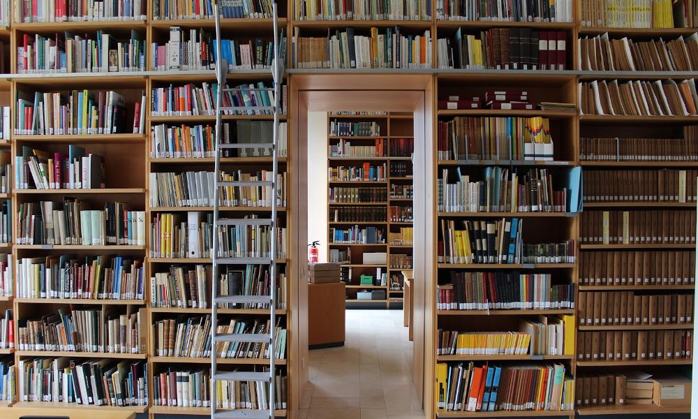 Museum für Kommunikation Frankfurt Bibliothek